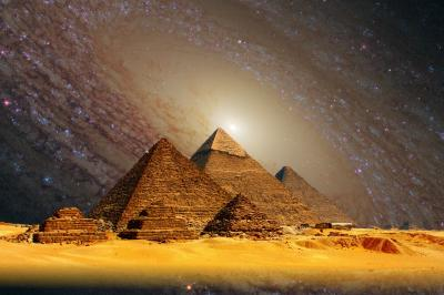 Aliens built the pyramids