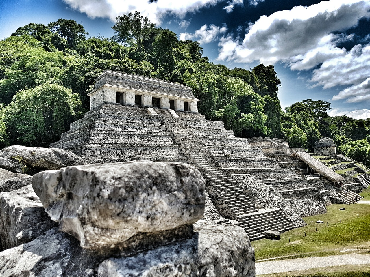The Sarcophagus of Pakal and the Astronaut of Palenque-The Temple of Inscriptions