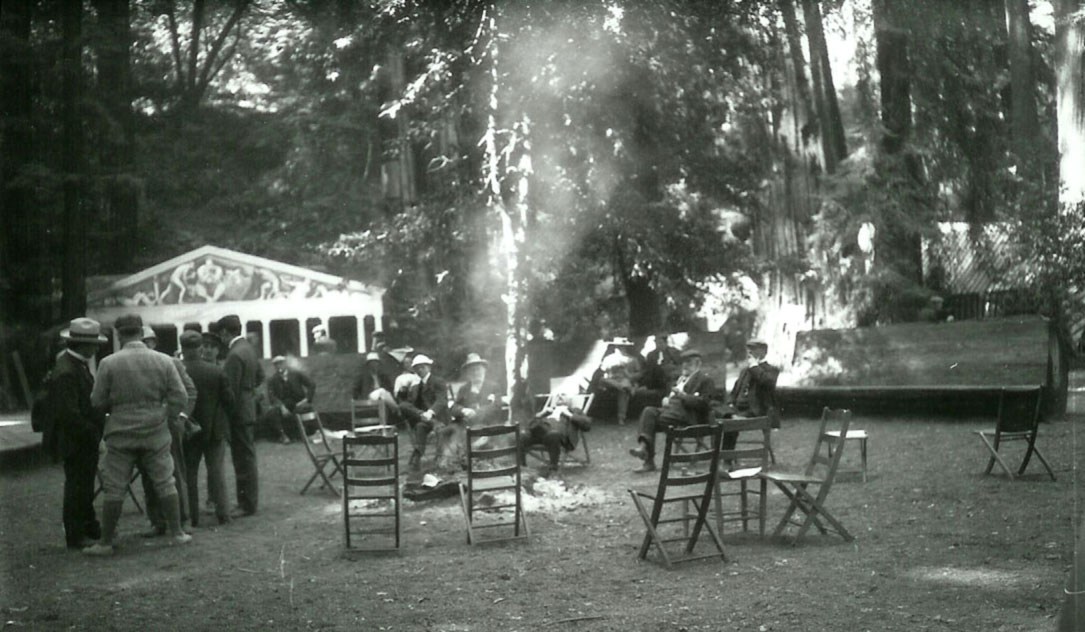 Bohemian_Grove_during_the_summer