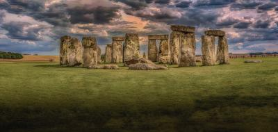Stonehenge was built by aliens
